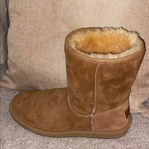L.L bean boots, with fur on the inside